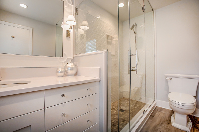 transitional bathrooms httpwwwmcarchitecturecom - Transitional Bathrooms
